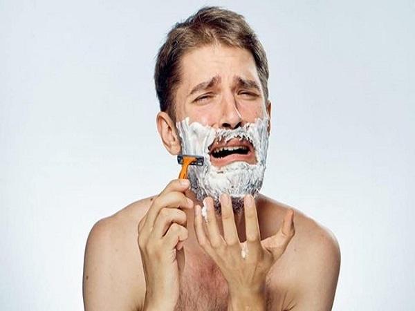 Mơ thấy cạo râu có điềm báo gì