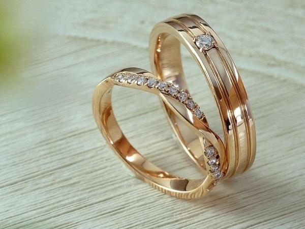 Mơ thấy nhẫn cưới có điềm báo gì và đánh con nào?