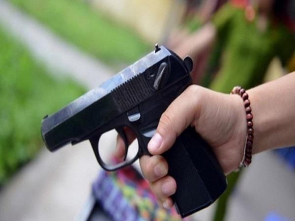 Mơ thấy súng có điềm báo gì? đánh con số nào trúng?